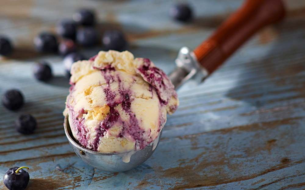 24_Food Photographer Chicago_Blueberry Scoop.jpg