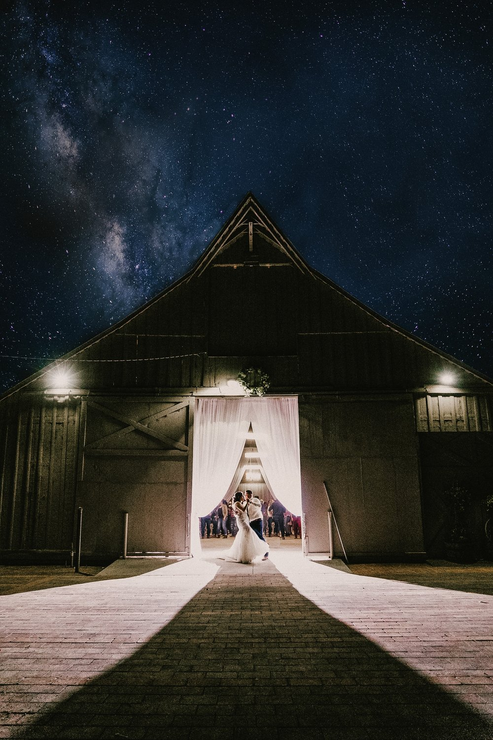 monterey-wedding-photographer-san-pedro-ranch-barn-wedding-crystal-ivan-min.jpg