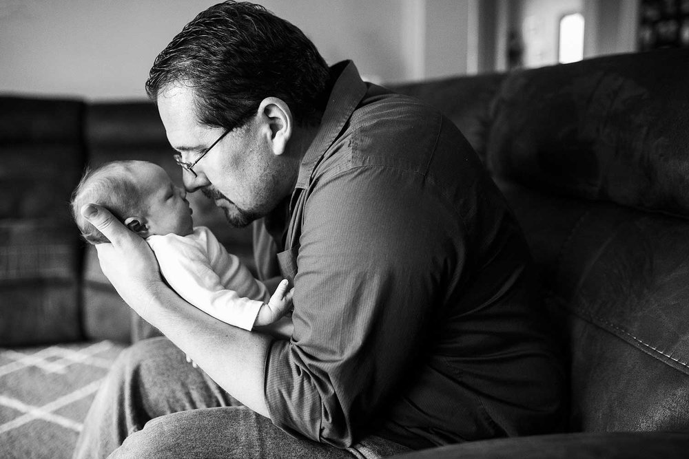 Lifestyle Newborn Family, Amy Wright Photography, Roseville Newborn Photographer