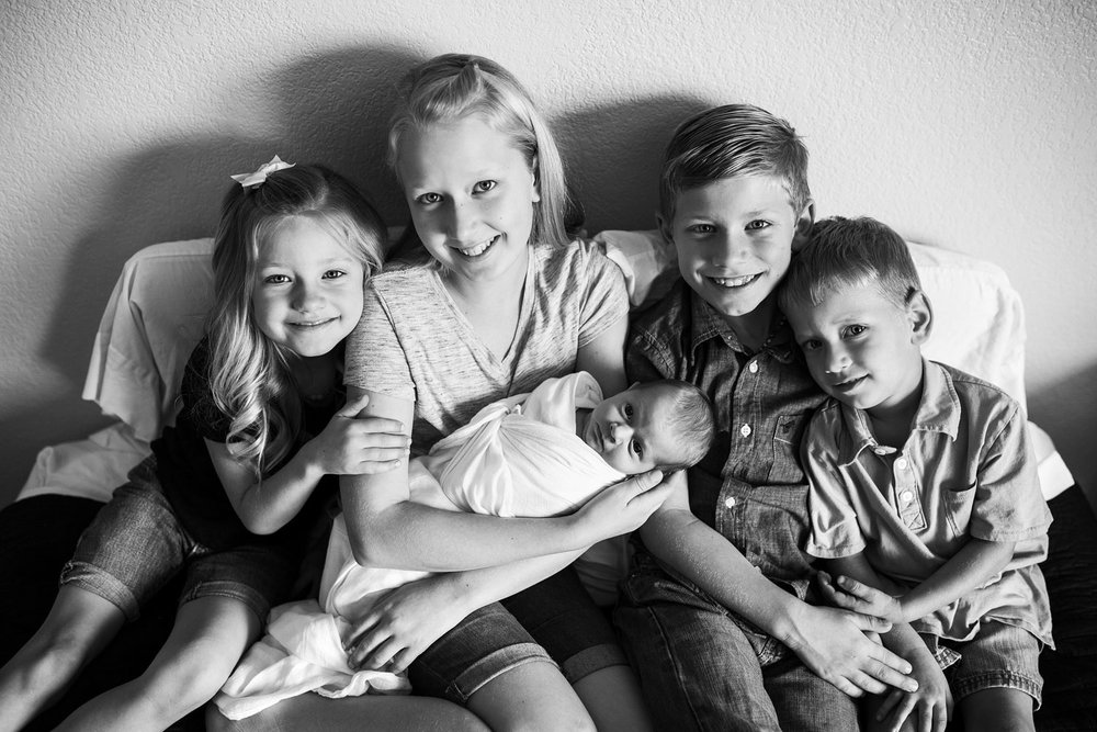 5 Kids, Siblings, Sacramento Northern California Newborn Photographer, Amy Wright Photography
