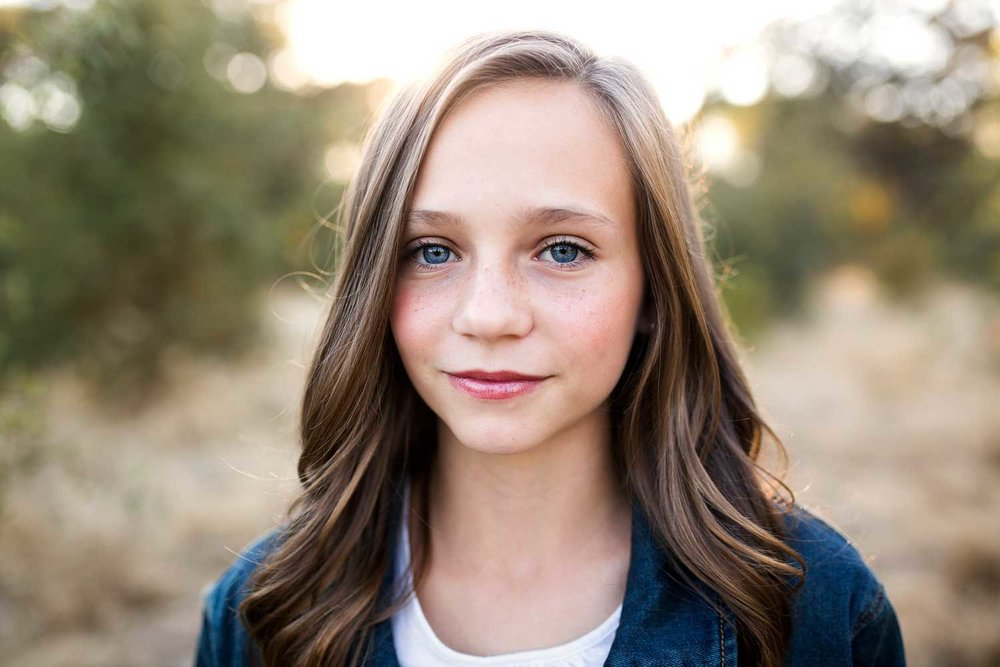Teen Girl, Family of Eight, Roseville Family Photographer, Amy Wright Photography