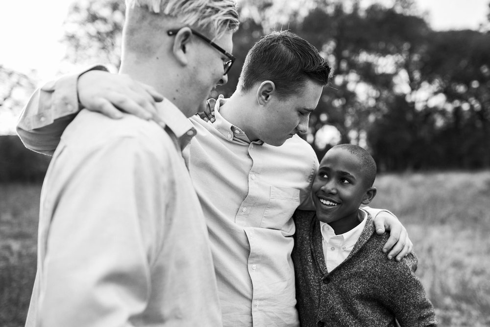 Brothers, Family of Five, Amy Wright Photography, Sacramento Family Photographer