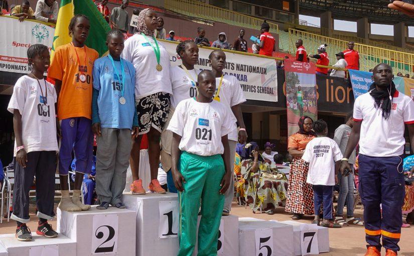 Assane-Ngom-et-le-podium-825x510.jpg