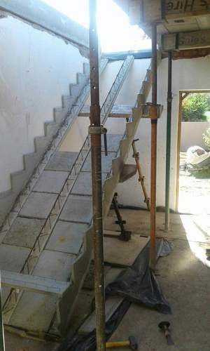 Precast staircase with interlocking panels_Cobute.png