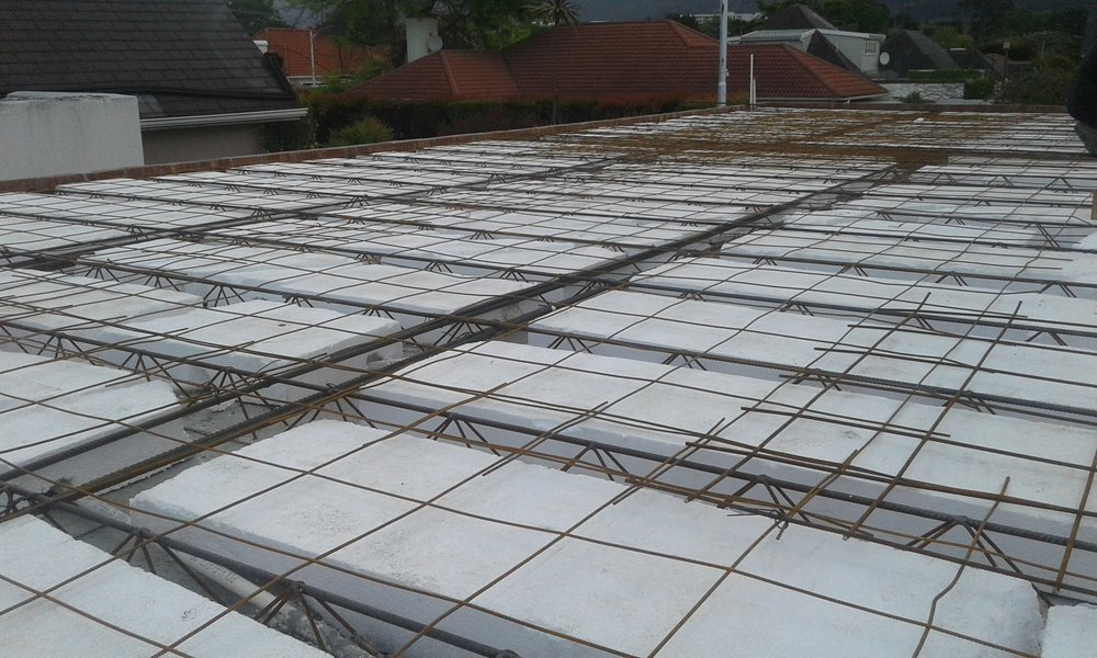 the use of polystyrene gives the system flexibility