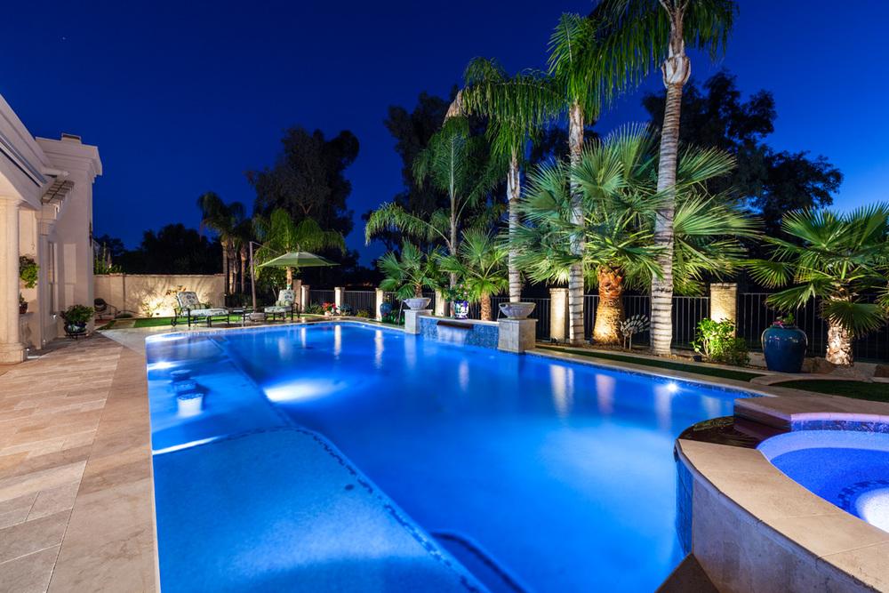 Spectrum 360 Pool Lighting — Blue Square