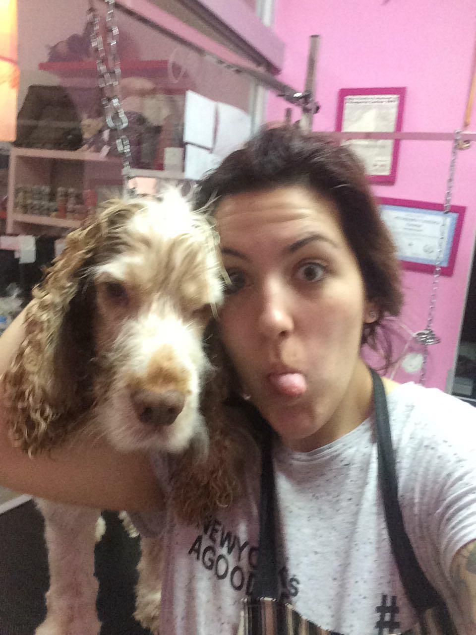 Hoy nuestras felicitaciones van para   Noelia Rodriguez  , que hizo nuestro curso de Peluquería Canina y se quedó trabajando en una Peluquería en Santa Cruz. Noelia es una gran persona y gran amante de los animales y eso son cualidades que se notan. Enhorabuena por hacer de tu pasión por los animales tu profesión.
