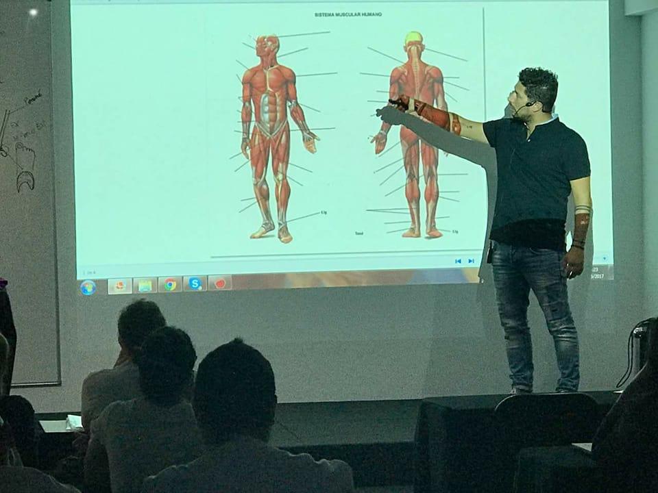Francesco Daveri – Fisoterapeuta y Licenciado en Ciencias de la Actividad Física y el Deporte . Ha sido fisioterapeuta y director técnico de varios club de fútbol en Italia. Gerente de OsteofisioWeyler