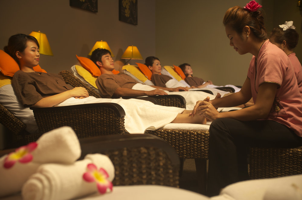 Traditional-Foot-massage1.jpg
