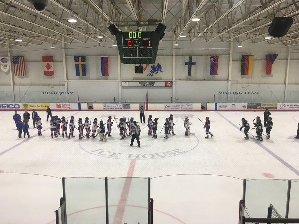 CBHL League game win 1-0