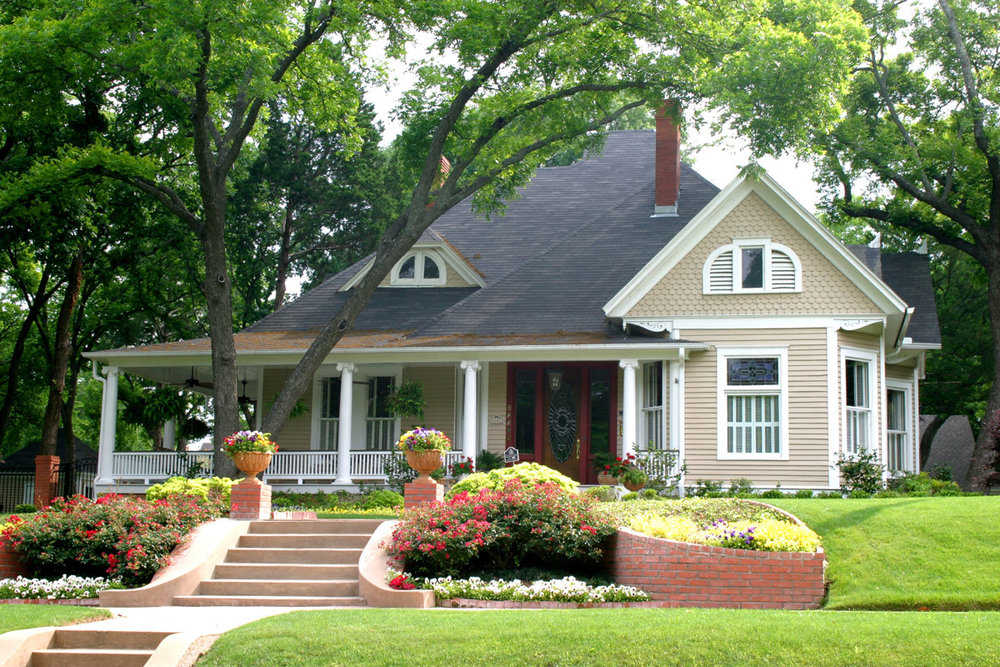 how-to-use-landscaping-to-deter-burglars