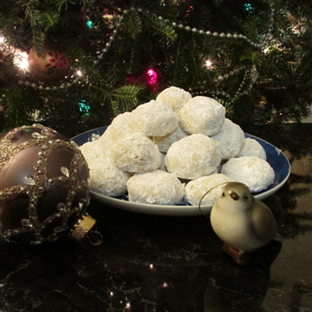 Snowball cookies 1500.jpg
