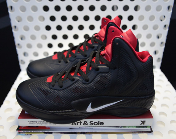 nike-basketball-boulevard-ice-18.jpg