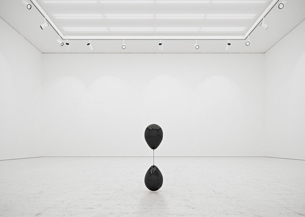 f1_tadao_cern_black_balloons.jpg