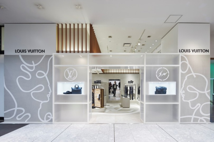 Louis-Vuitton-pop-up-store-Tokyo-Japan-02.jpg