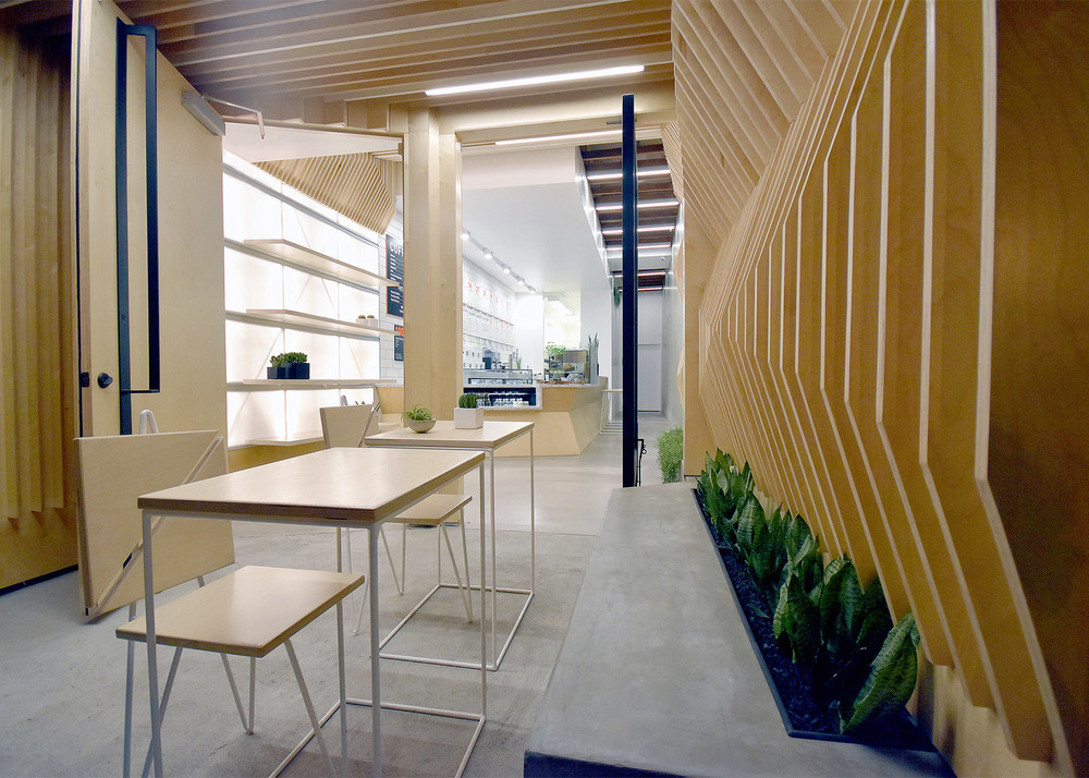 juice-served-here-studio-city_dezeen_1568_9.jpg