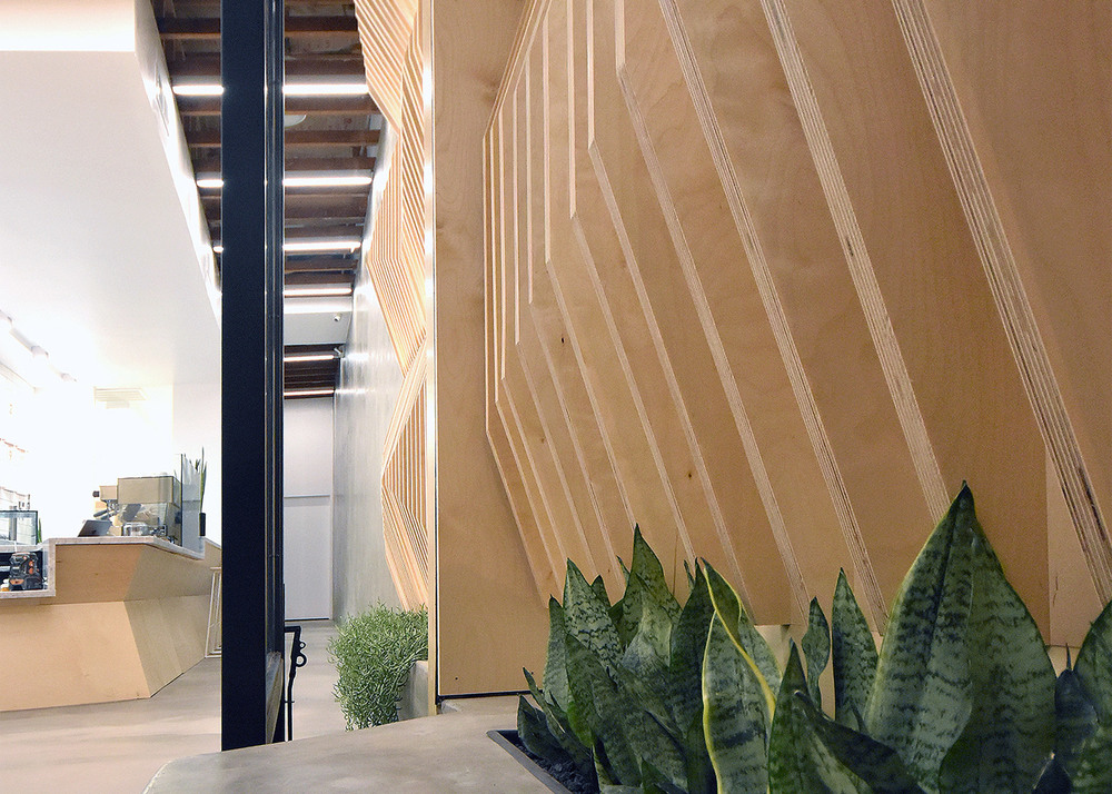 juice-served-here-studio-city_dezeen_1568_11.jpg