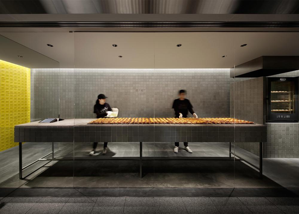 bake-sendai-kakuda-takata-factory-cheese-tart-shop-japan_dezeen_1568_1.jpg