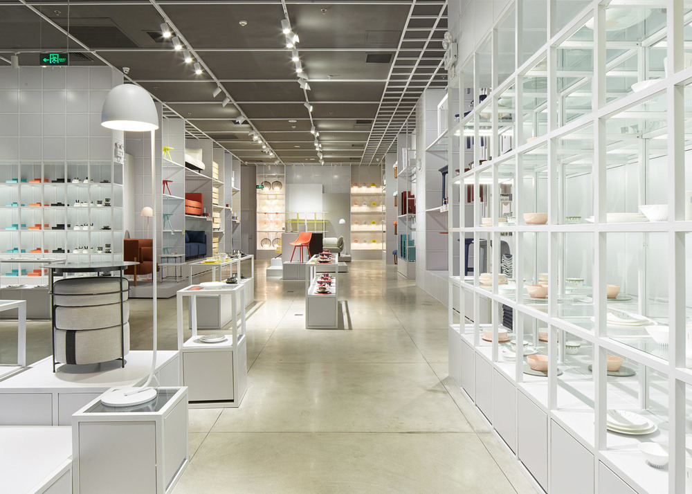 zaozuo-showroom-luca-nichetto-indigo-shopping-centre-beijing-china-brand_dezeen_1568_5.jpg