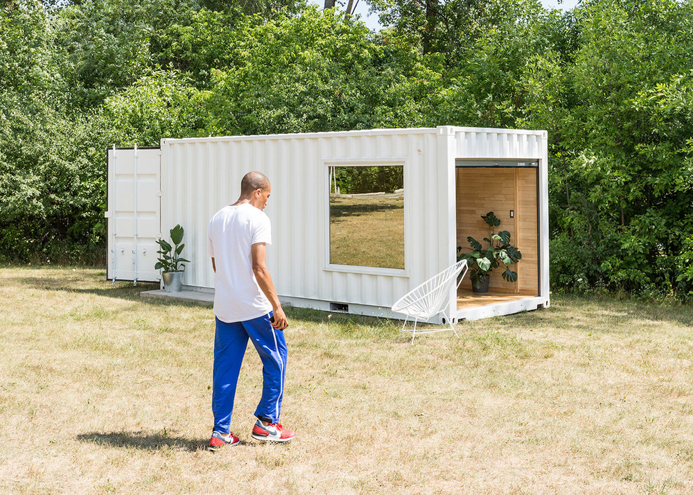 needs-and-wants-container-showroom-extra_dezeen_1568_0.jpg
