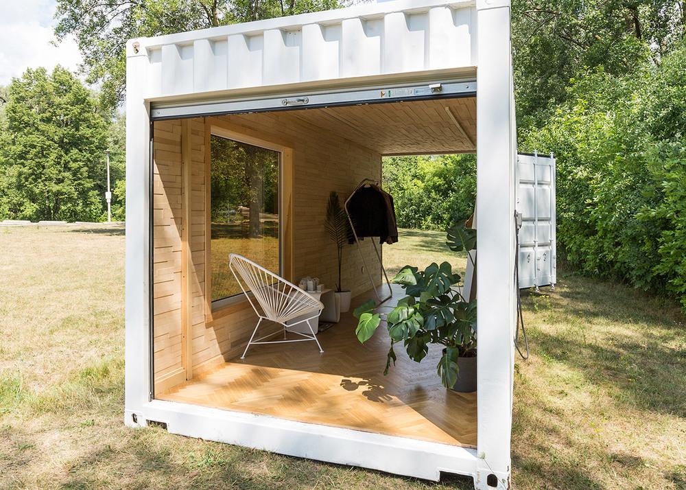 needs-and-wants-container-showroom_dezeen_1568_2.jpg