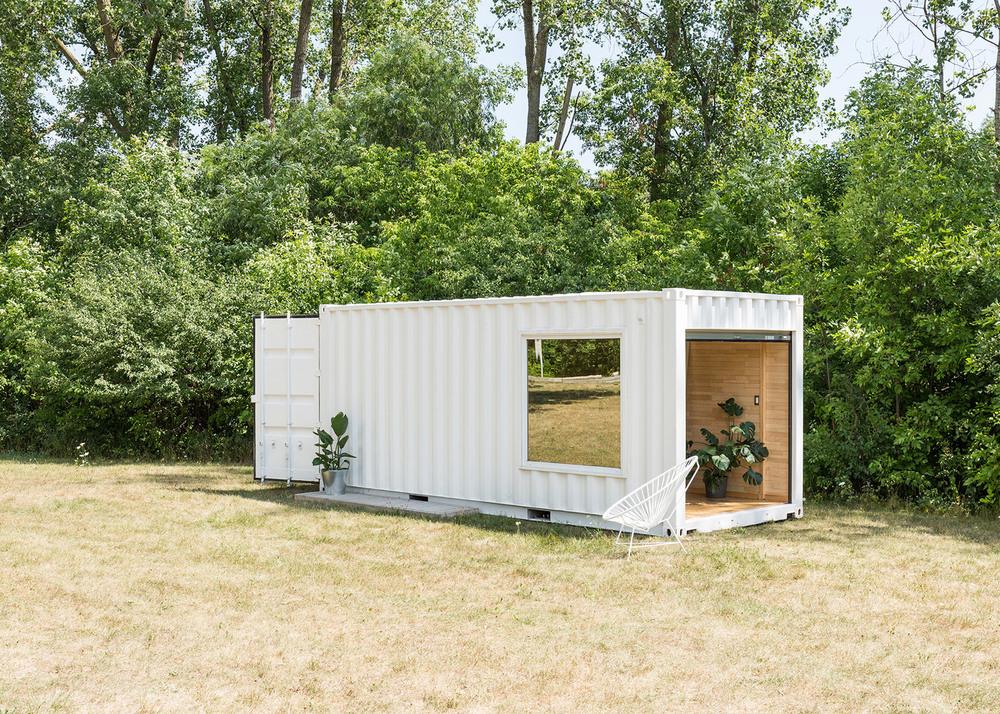 needs-and-wants-container-showroom_dezeen_1568_3.jpg