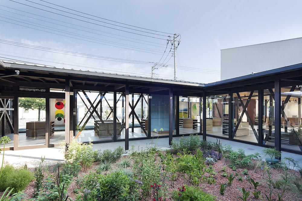 jo-nagasaka-schemata-architects-jins-tokyo-renovation-2.jpg