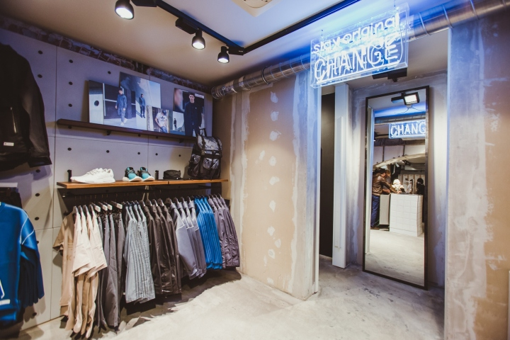 Adidas-Originals-flagship-store-by-Stereotactic-Moscow-Russia06.jpg