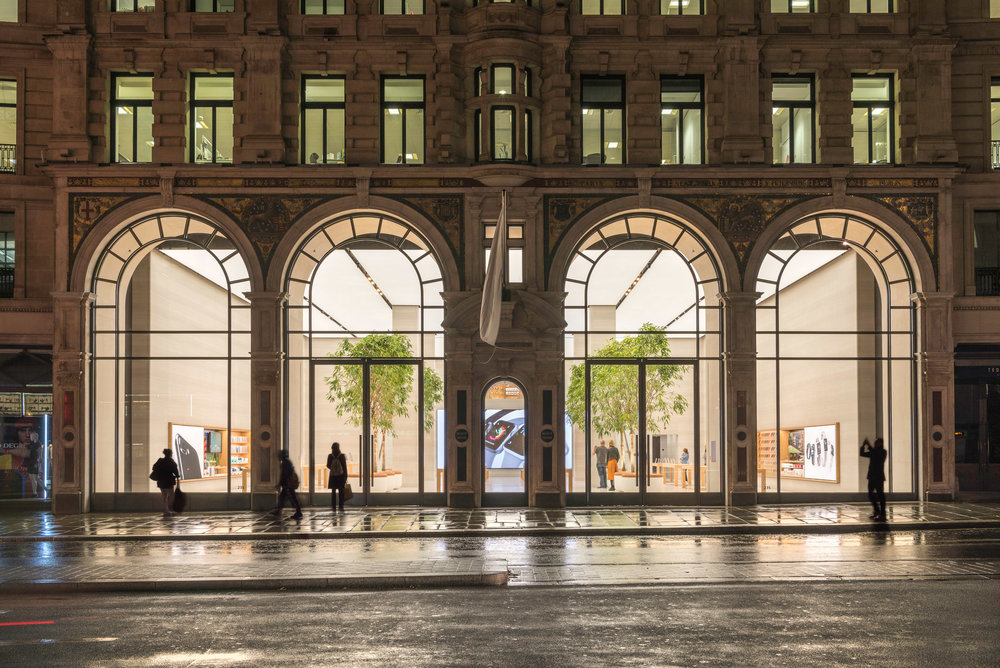 apple-regent-street-foster-partners-london_dezeen_2364_col_3.jpg