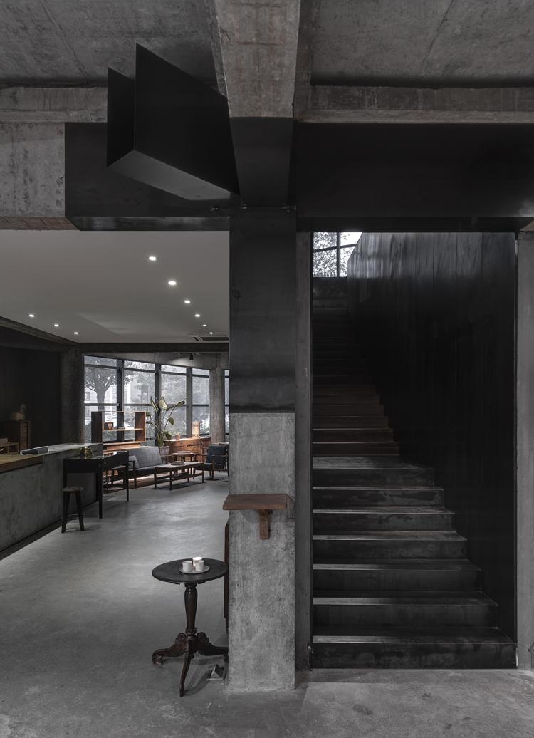 heike-fashion-concept-store-hangzhou-12.jpg