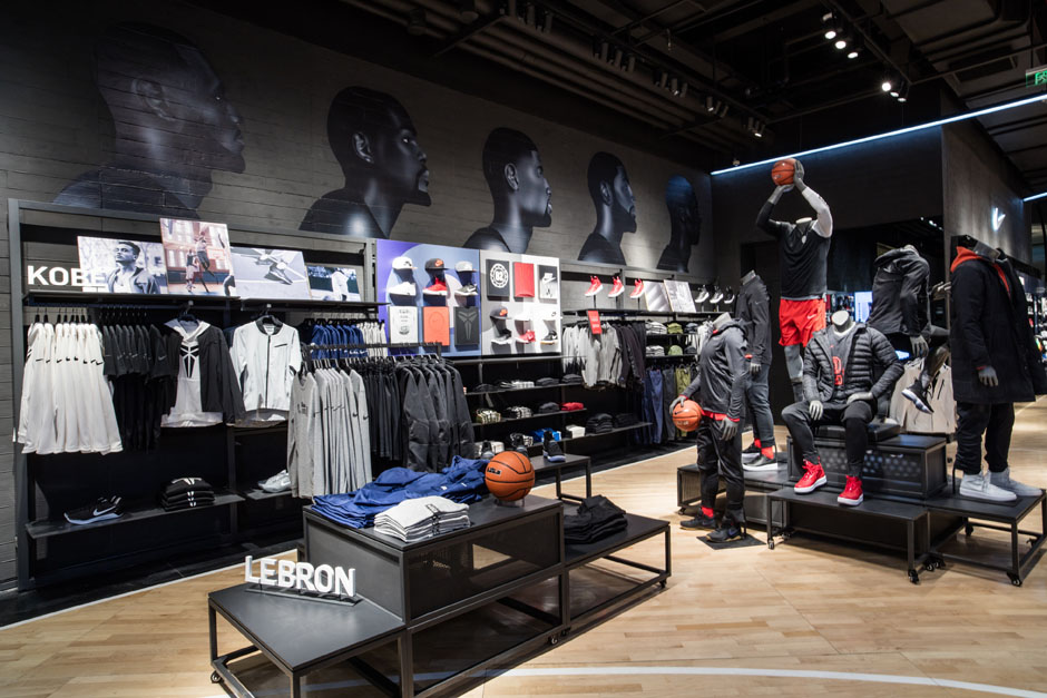 nike-jordan-beijing-china-basketball-store-05.jpg