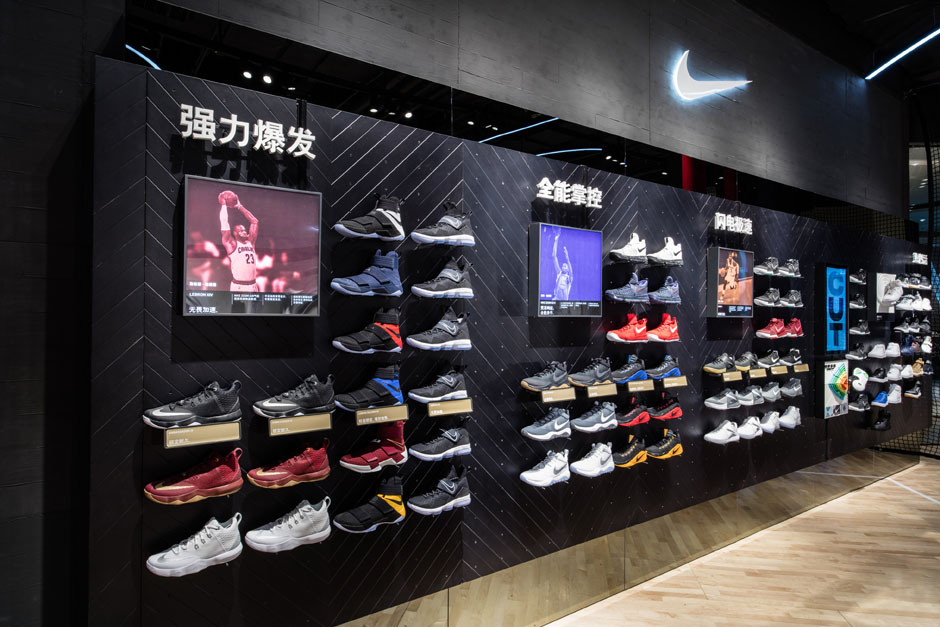 nike-jordan-beijing-china-basketball-store-06.jpg