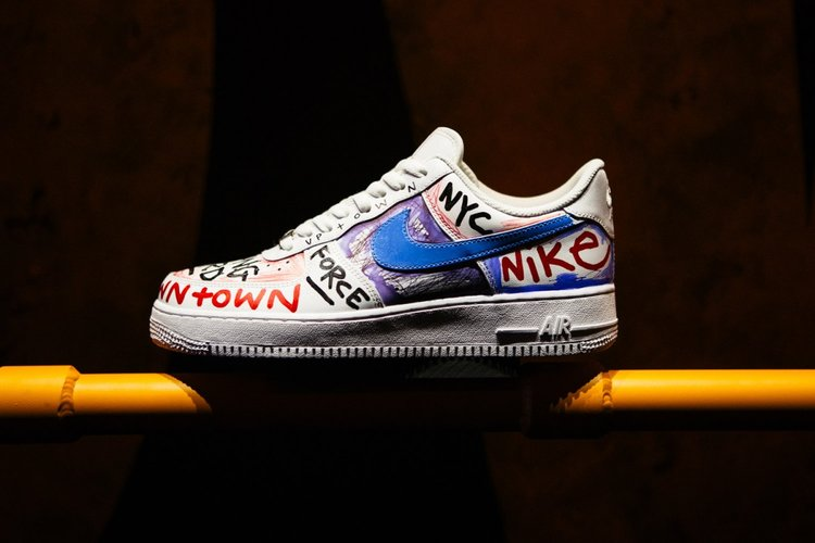 [Image: Nike-Air-Force-1-Vlone-Harlem-Pop-Up-Asa...ormat=750w]