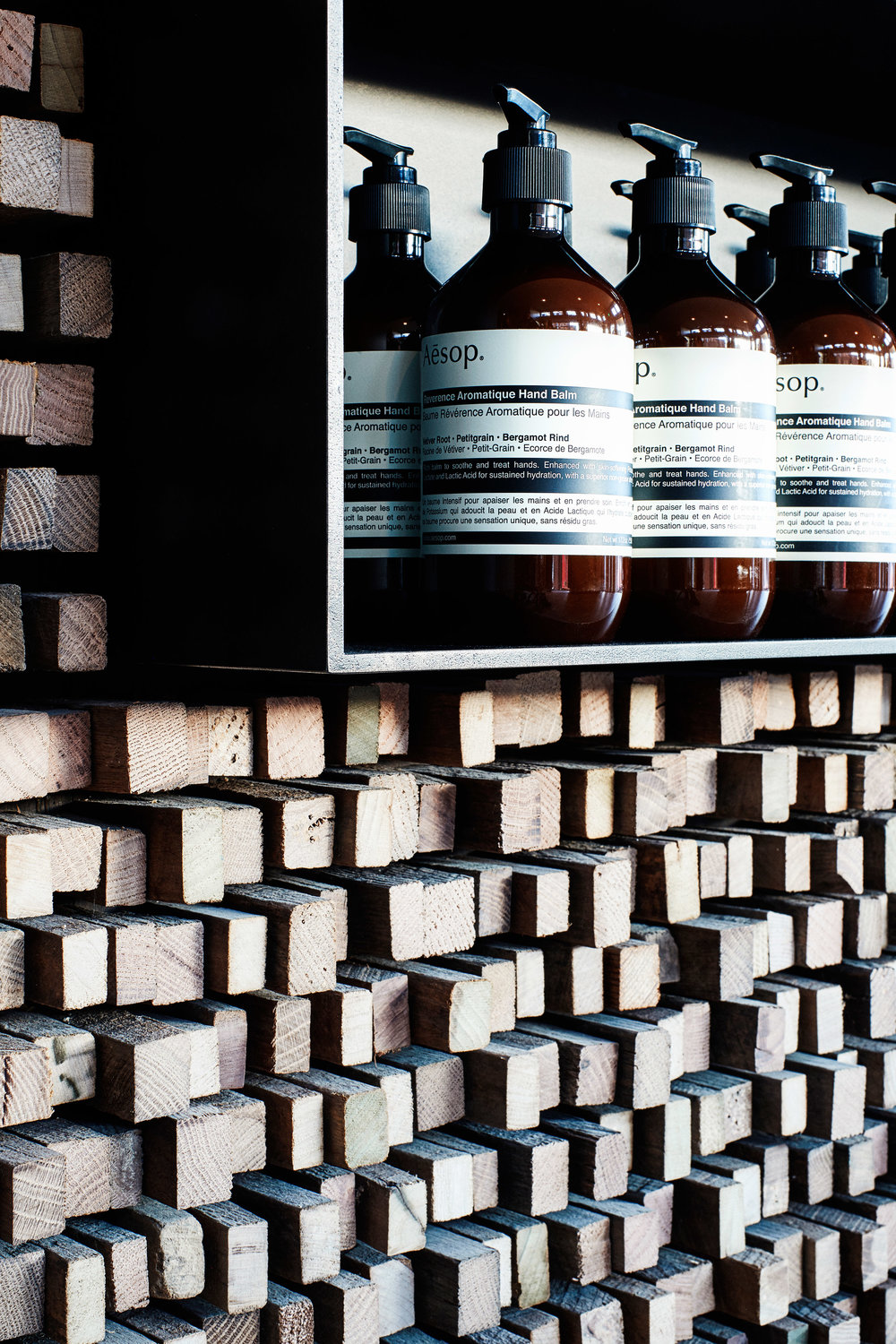 aesop-georgetown-tacklebox-architecture-interiors-washington-dc-usa_dezeen_2364_col_10.jpg