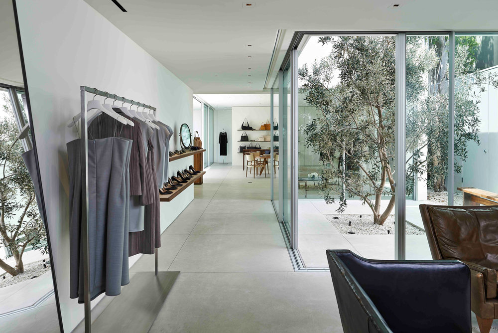 row-showroom_los-angeles_stores-interiors-fashion_dezeen_2364_col_0.jpg