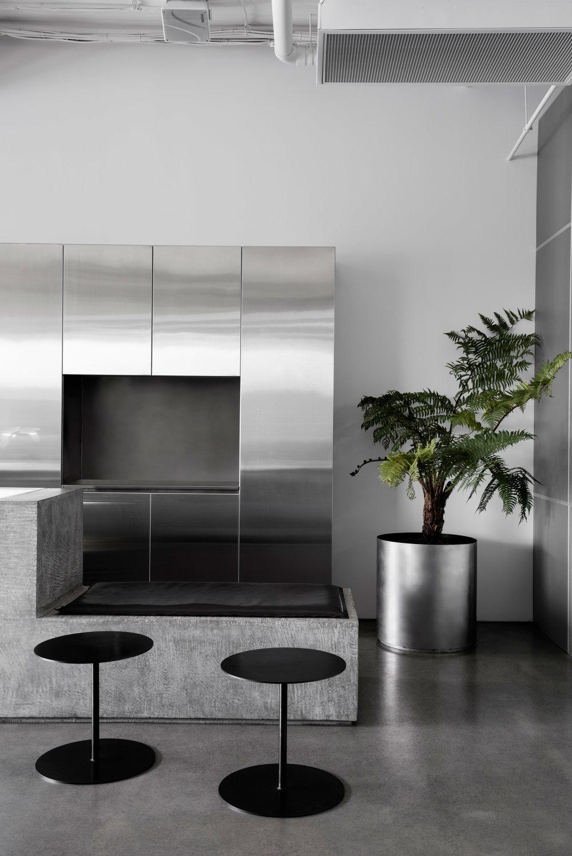 penta-ritz-ghougassian-interior-design-cafe_dezeen_2364_col_4.jpg