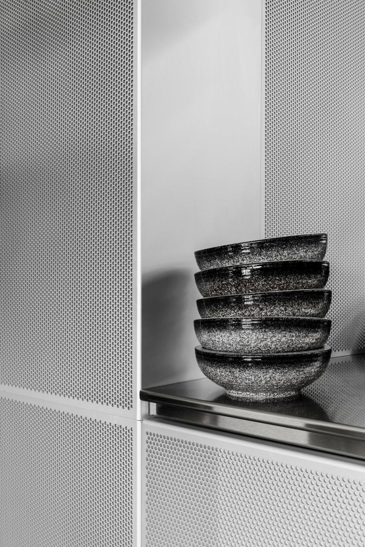 penta-ritz-ghougassian-interior-design-cafe_dezeen_2364_col_5.jpg