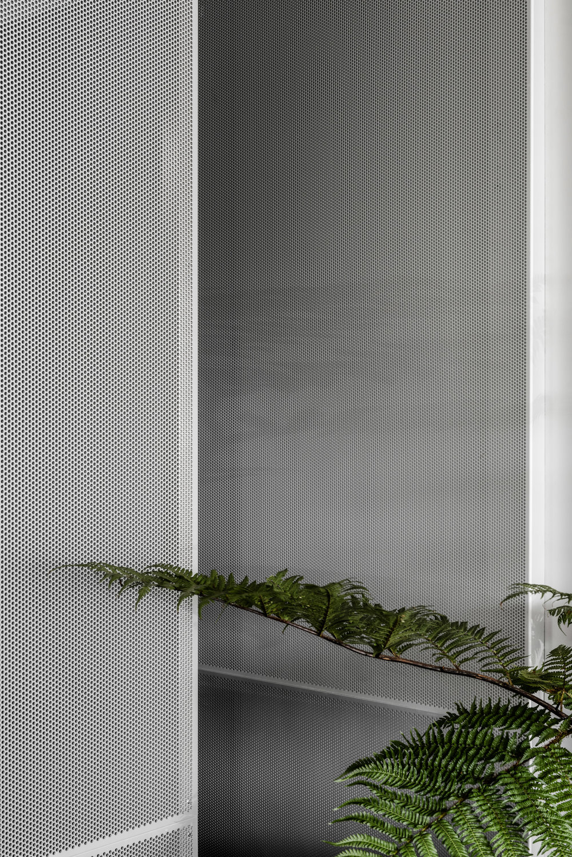 penta-ritz-ghougassian-interior-design-cafe_dezeen_2364_col_6.jpg