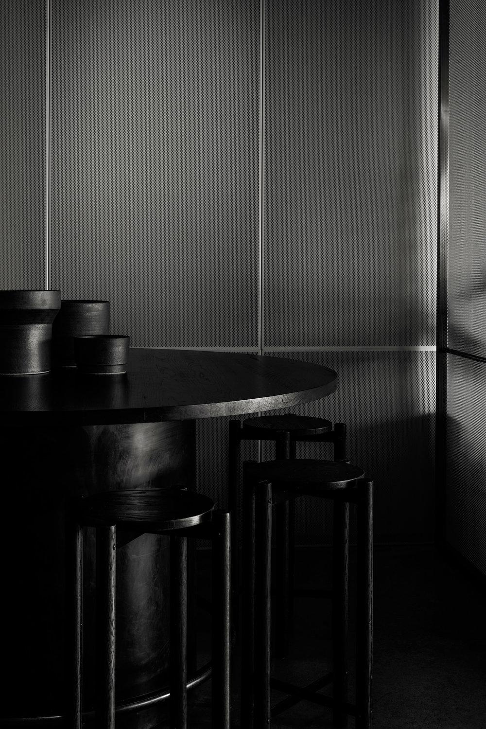 penta-ritz-ghougassian-interior-design-cafe_dezeen_2364_col_14.jpg