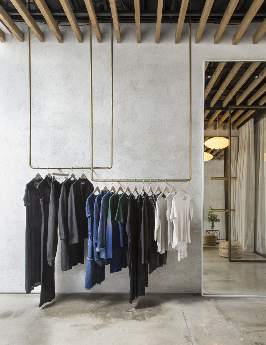 Montalba_Architects_-_Raquel_Allegra_3rdSt_Store_-_photo_credit_Lisa_Romerein.jpg
