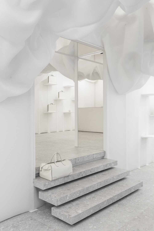 velextra-store-snarkitecture-interiors-milan-design-week-shop_dezeen_2364_col_15.jpg