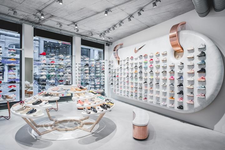 titolo-swiss-sneaker-king-store-in-basel-1493369493-0.jpg