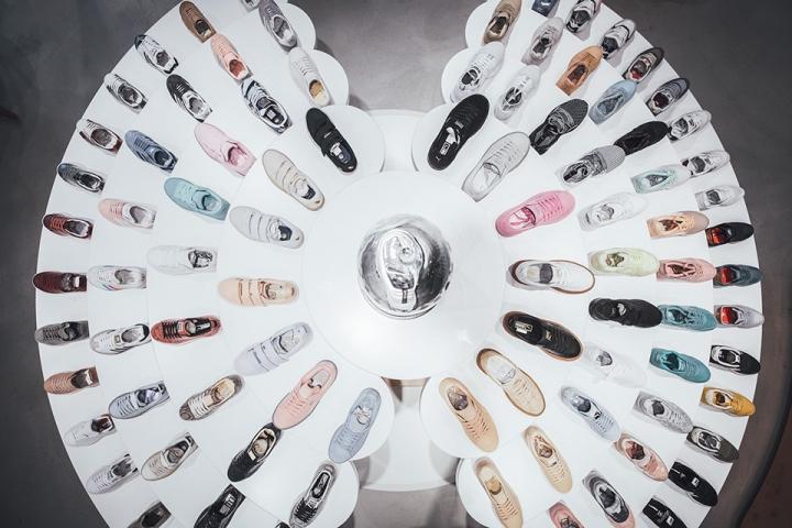 titolo-swiss-sneaker-king-store-in-basel-1493369495-3.jpg