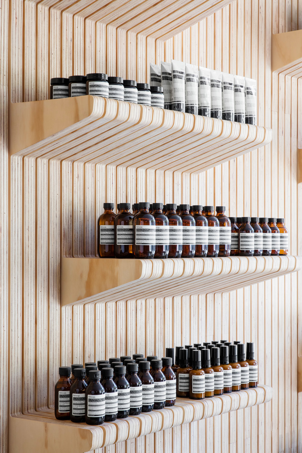 aesop-uws-tacklebox-architecture-interiors-retail_dezeen_2364_col_3.jpg