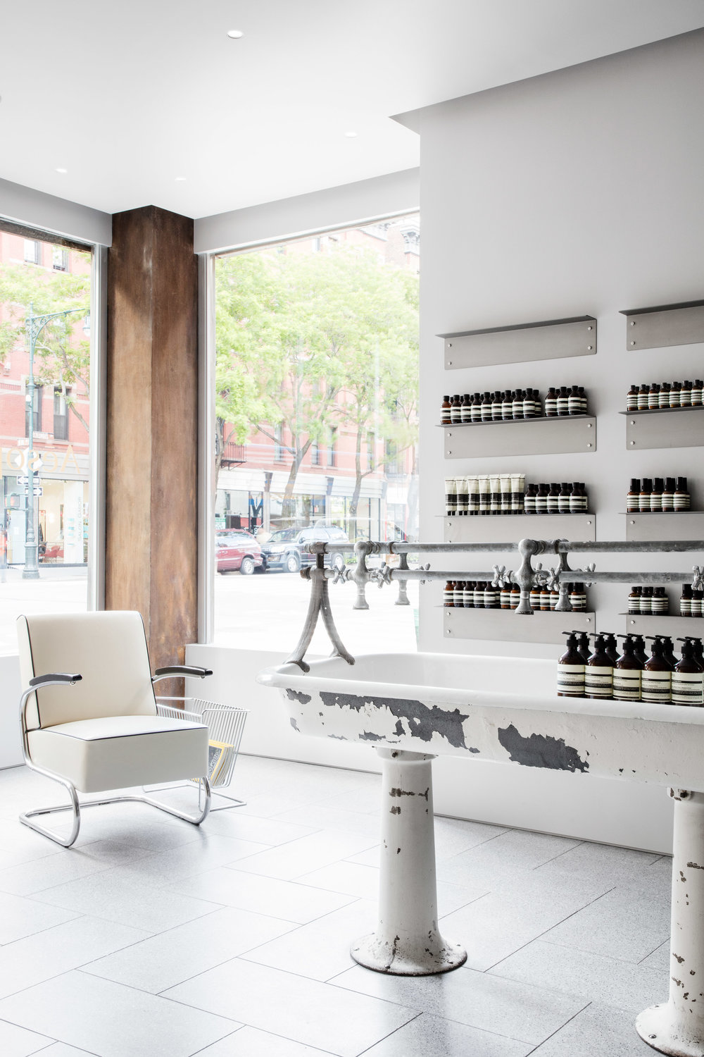 aesop-uws-tacklebox-architecture-interiors-retail_dezeen_2364_col_6.jpg