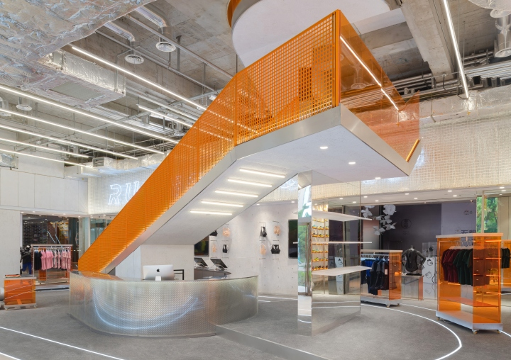 RUNNER-CAMP-store-by-PRISM-design-Shanghai-China-03.jpg