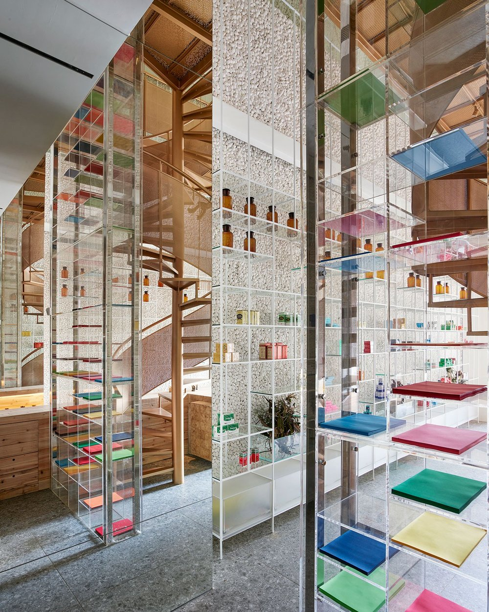 s1_molecure_pharmacy_taichung_taiwan_waterfrom_design_yatzer.jpg