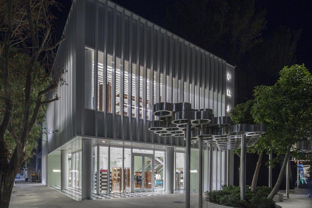 prada-design-district-store-opens-in-miami-1.jpg