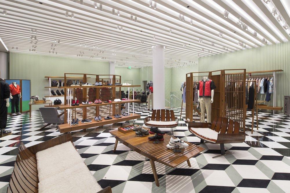 prada-design-district-store-opens-in-miami-6.jpg