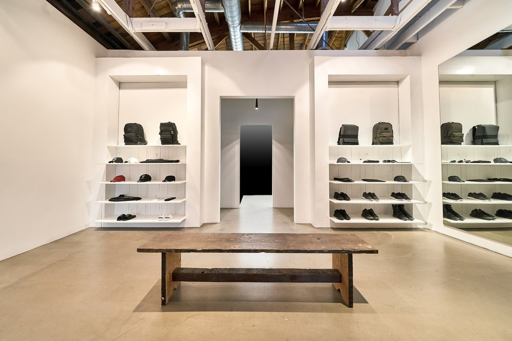 y3-los-angeles-store-la-brea-ave-4.jpg